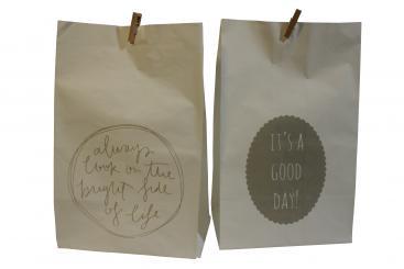 Papiertüte weiß 2-fach sortiert mit Text: It's a good day / Always look on the bright side of life; 8er Set